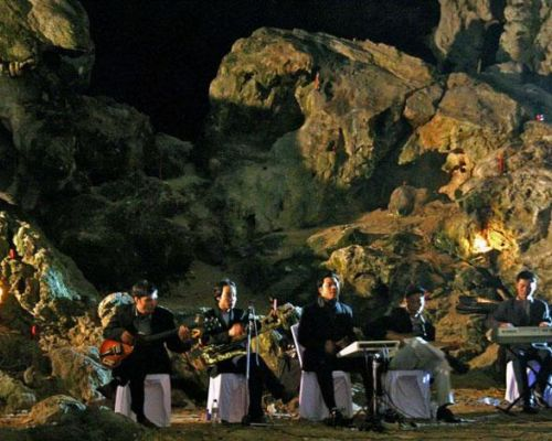 event idea vietnam entertainment in halong bay