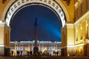 program idea st petersburg hermitage at night - visit